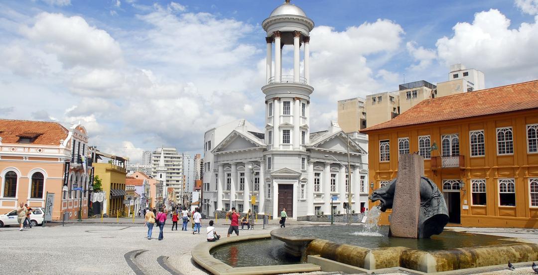 5 programas para explorar o Centro Histórico de Curitiba