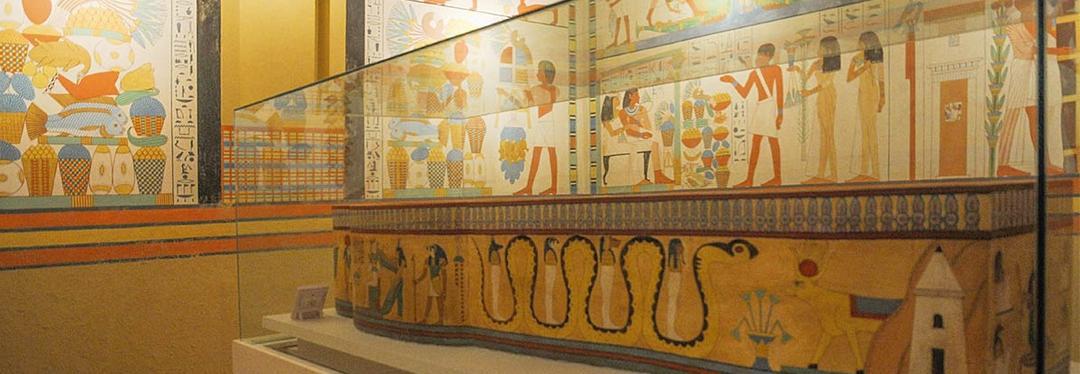 Museu Egípcio do Bacacheri guarda múmia de três mil anos