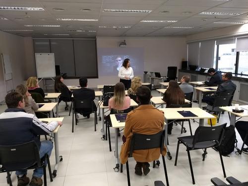 Moro e equipe estudam em dia sem expediente na 13a Vara Federal de Curitiba