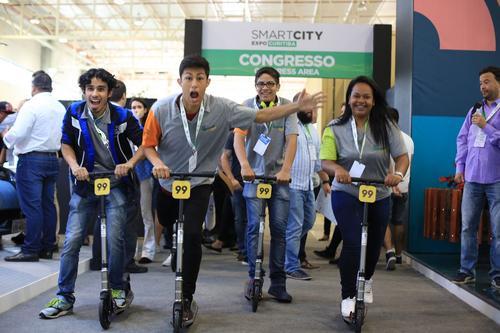 Smart City Expo Curitiba abriu o debate  internacional sobre cidades inteligentes no Brasil